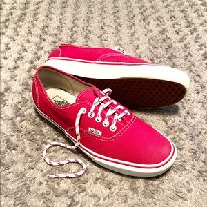 Vans low-top paid $65 size 10 good condition